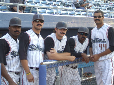Moustache Night 050.jpg