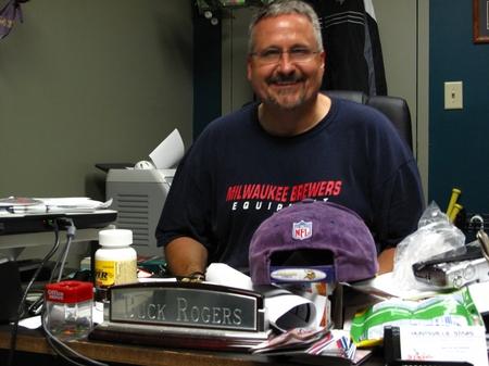Buck in Office.JPG