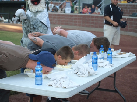 Idaho Falls -- Mashed Potato Eating Contest.JPG