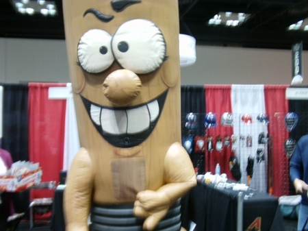 Indy -- Trade Show -- Huge Thing.JPG