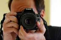 800px-Photographer.jpg
