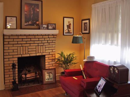 Shoeless_Arlene (living room).jpg