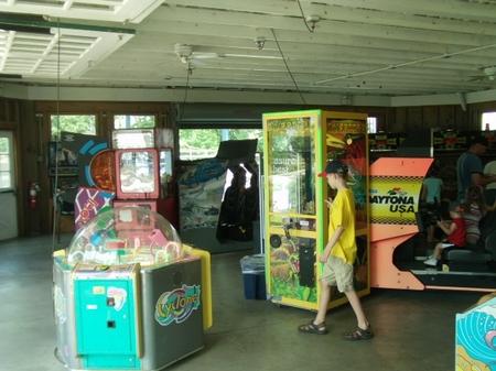 Hburg_arcade.JPG