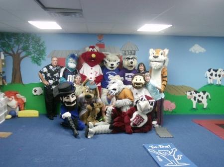 Mascot_groupshot.JPG