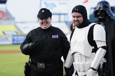 Omaha_Star Wars_couple.JPG