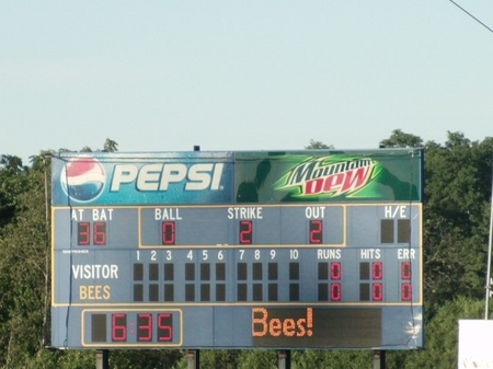 Burlington_8scoreboard.JPG
