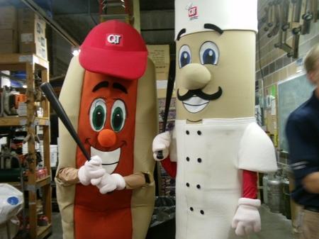 Iowa_hotdogandchef.JPG