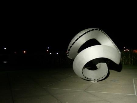 Iowa_nightsculpture.JPG
