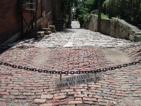 Snake Alley_closedalley.JPG