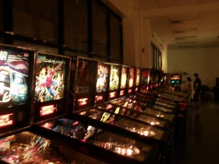 Vegas_pinballrows2.JPG