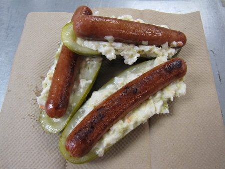 Thumbnail image for Charleston -- Pickledog.JPG