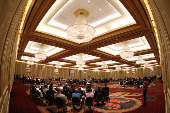 Hello, industry! (2011 Baseball Winter Meetings, to be exact)
