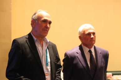 Shelton, left, and Mets manager Terry Collins at the Winter Meetings.