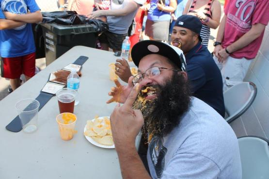 Beard vs food